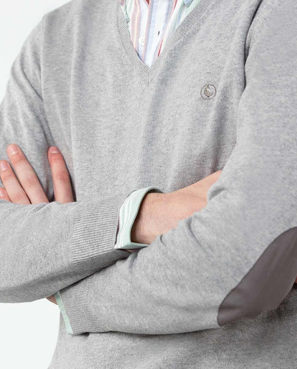 Jersey Cuello Pico Gris Image 5